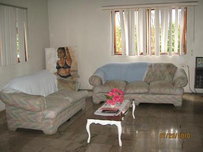 Lounge area at Mahoe Guest House