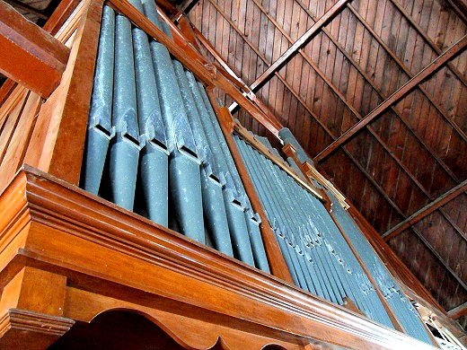 Spurden Rutt and Co pipe organ